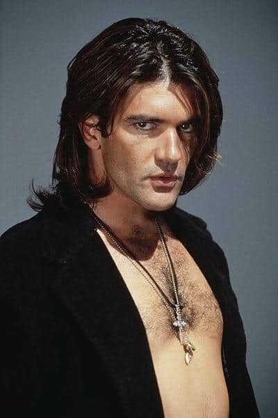 Antonio Banderas long hairstyle