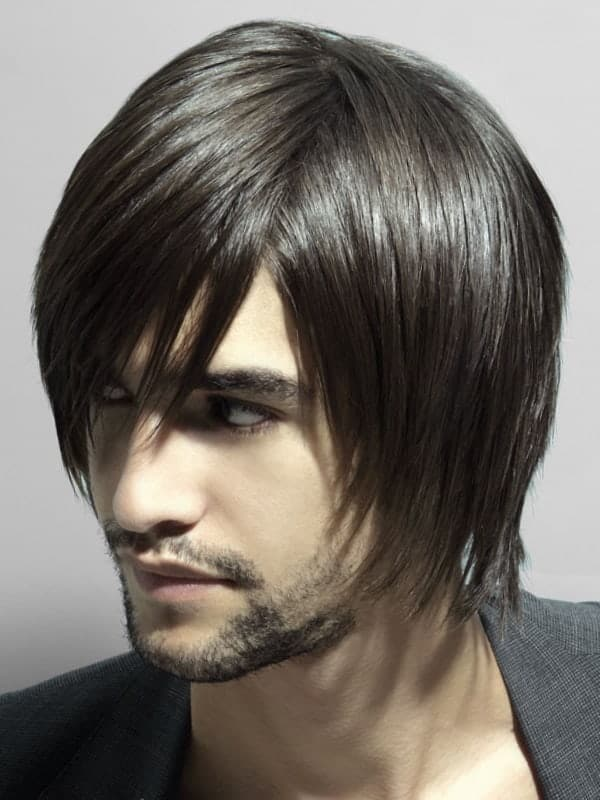 pelo largo y liso para ocultar la calvicie