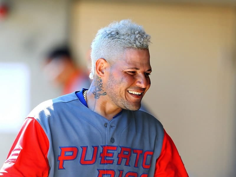 short blonde hairstyle for baseball players