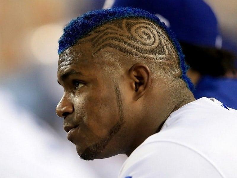 corte de pelo de béisbol con diseño