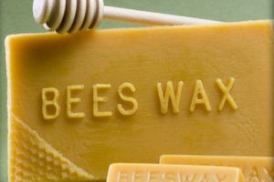 beeswax advantages for hair care