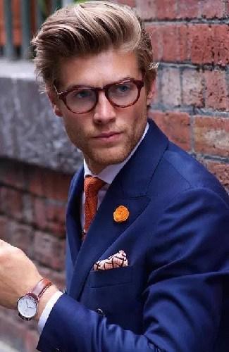 men's blonde Pompadour Style