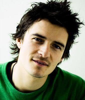 Cool messy hairstyle from Orlando Bloom
