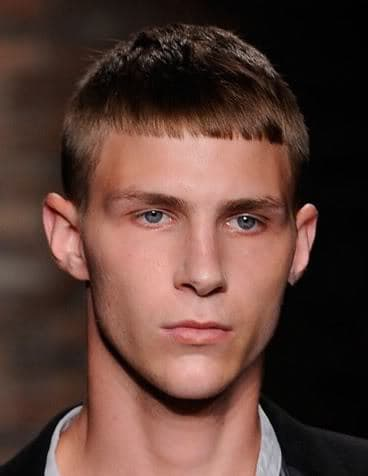 blunt bangs hairstyle for men