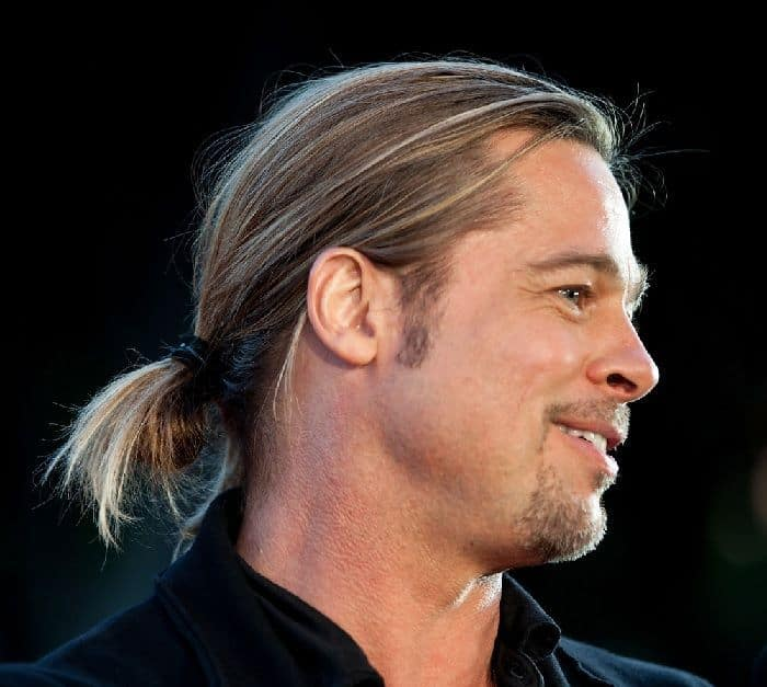 brad pitt's hairstyle with ponytail