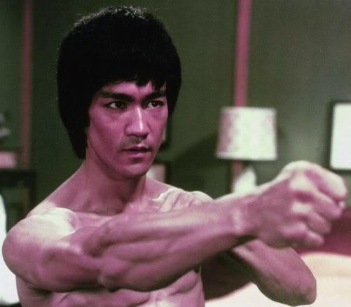 Photo of Bruce Lee hairstyle.