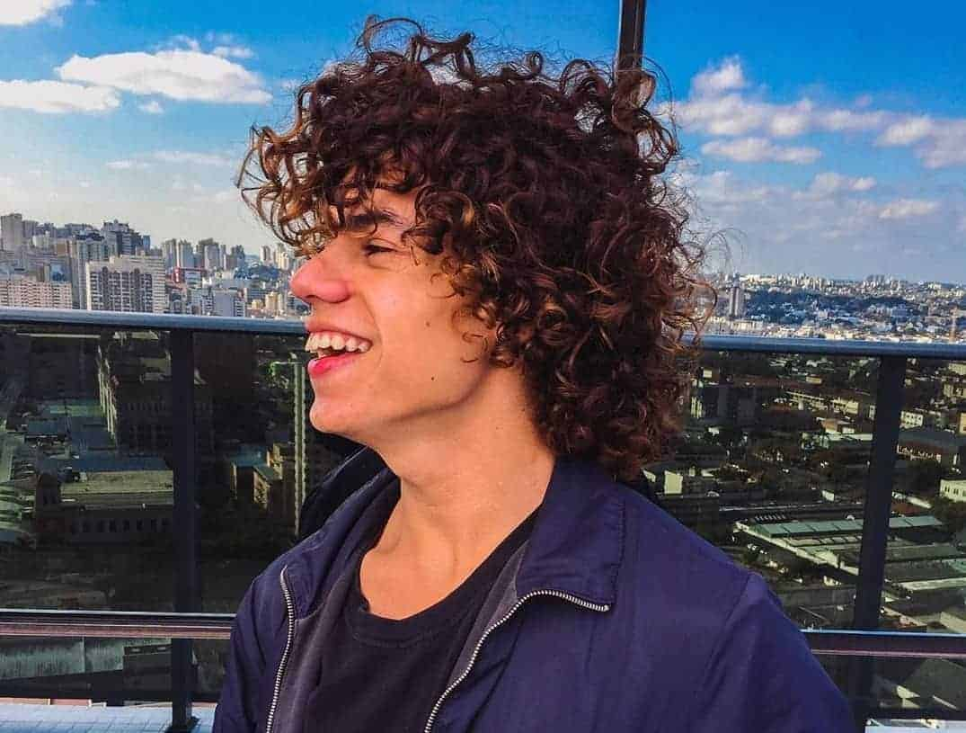 How To Take Care Of Curly Hair For Men 2020 Guide Cool Men S Hair
