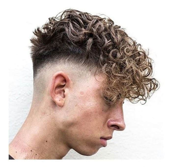 loose curly hair with fade