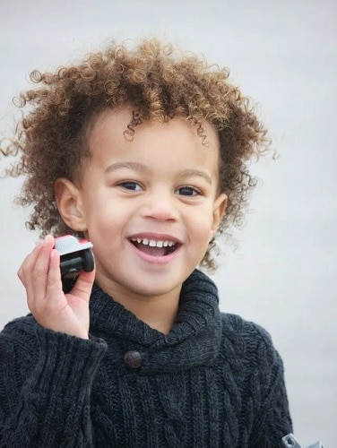 10 Cool & Smart Curly Haircuts For Little Boys