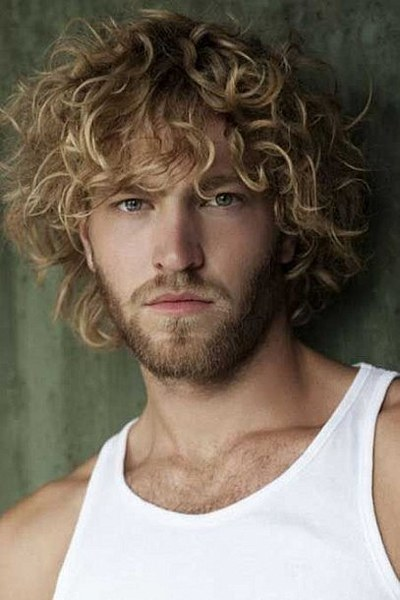 curly hair with golden highlights