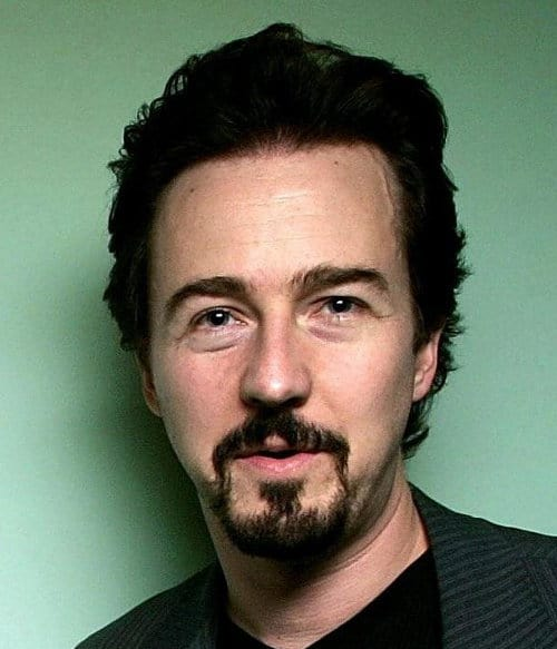 Photo of Edward Norton with facial hair.