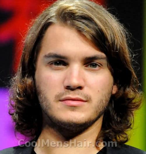 Photo of Emile Hirsch shaggy hair.