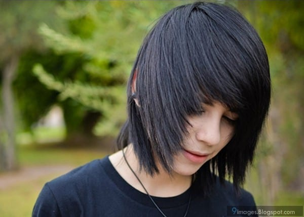Emo Hair: How To Grow, Maintain & Style Like A BOSS