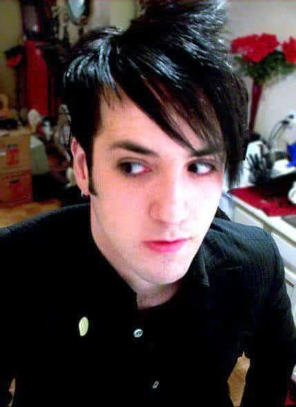 Photo of emo hair bangs for guys.