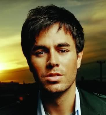 Photo of Enrique Iglesias crop hairstyle.