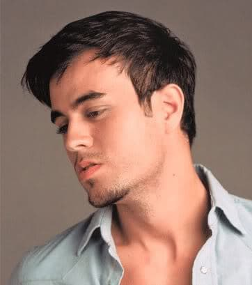 Picture of Enrique Iglesias hair.