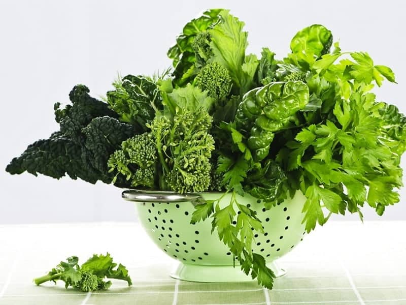 green leafy vegetables to grow thick hair