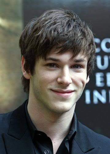Picture of Gaspard Ulliel hairstyle.