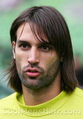 Photo of Georgios Samaras hairstyle.
