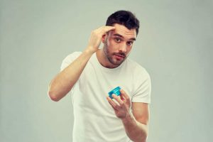 How to Apply Hair Wax to Get A Slick Look