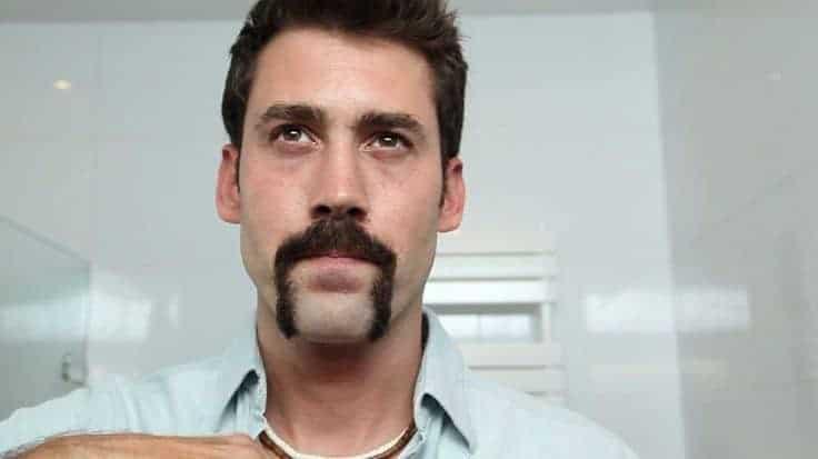 Men's Horseshoe mustache