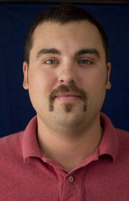 horseshoe mustache with long soul patch