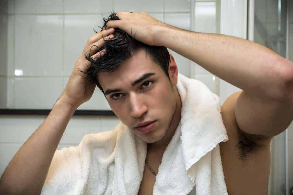 how to prevent frizzy hair after shower