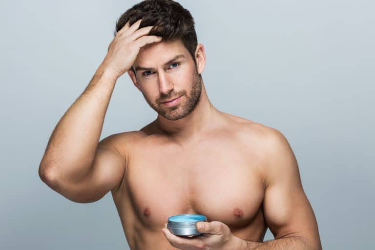 using hair wax to texturize men's hair