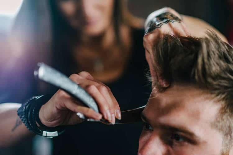 texturize thick hair using straight razor