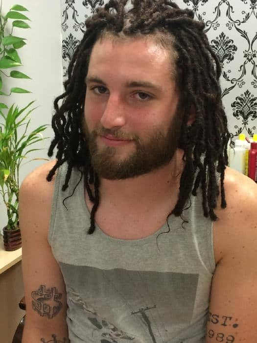 uneven interlocking dreads for mid length hair