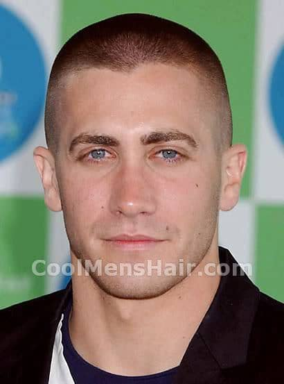 Photo of Jake Gyllenhaal buzz cut hairstyle.