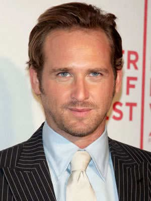 photo of Josh Lucas hairstyle