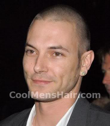 Photo of Kevin Federline short buzz cut hairstyle.