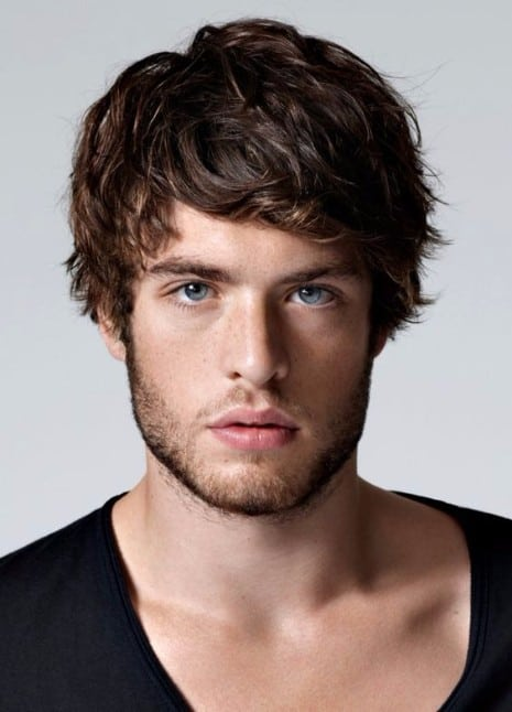 men layered hairstyle for short hair