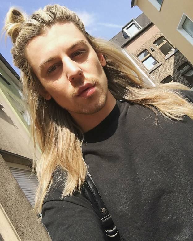 Top 10 Long Blonde Hairstyles For Guys 2021 Cool Men S Hair