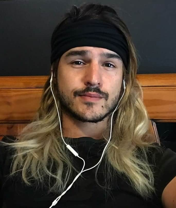 guy with long straight hair