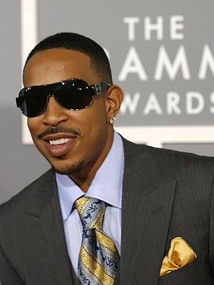 Cool men hairstyle from Ludacris.