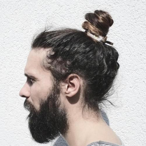 7 Spectacular Man Bun Hairstyles For Curly Hair 2021 Trends