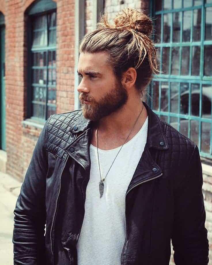 Messy bun hairstyle for men