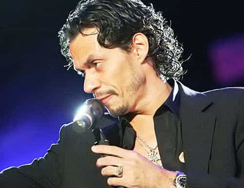 Image of Marc Anthony hairstyle.