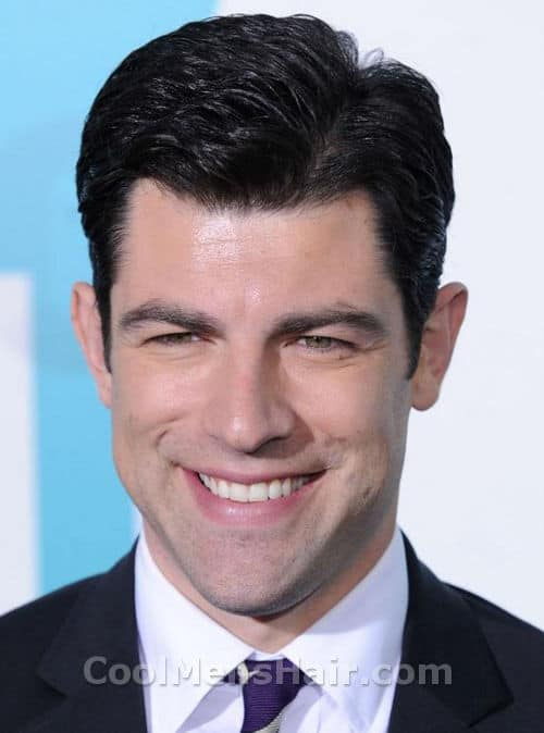 Photo Max Greenfield hairstyle.