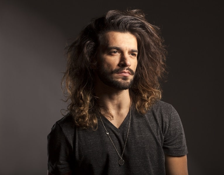 long messy hair for men