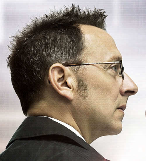 Photo of Michael Emerson spiky hairstyle in the television series Person of Interest.