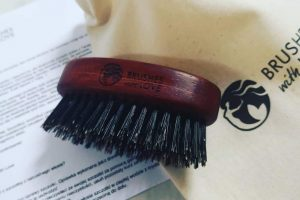 military hairbrush for men