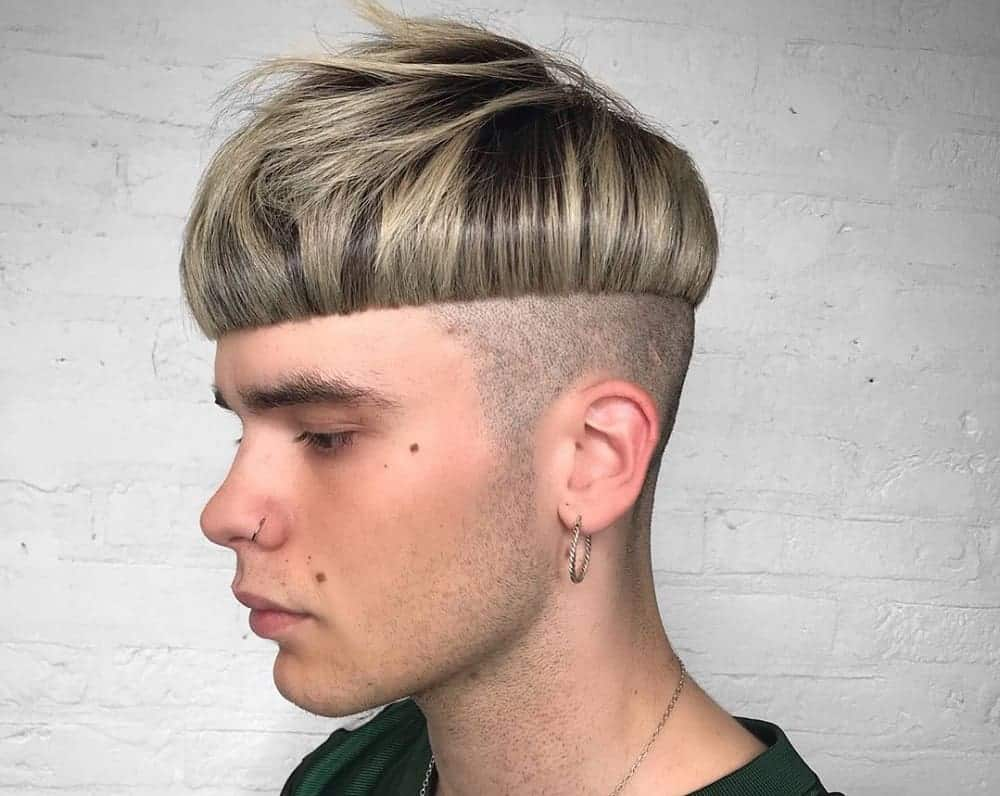 12 Modern Mushroom Haircuts for Men (12 Trends)