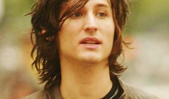 Nick Valensi Wavy Hairstyle
