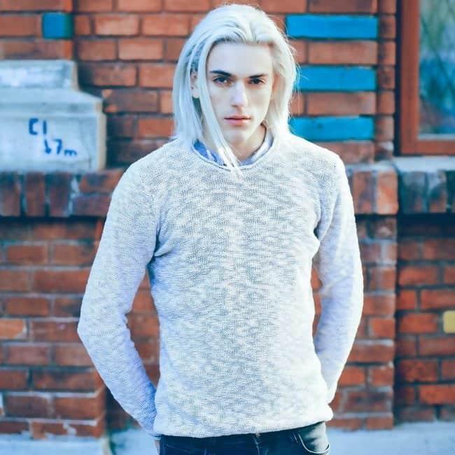 long platinum blonde hairstyle