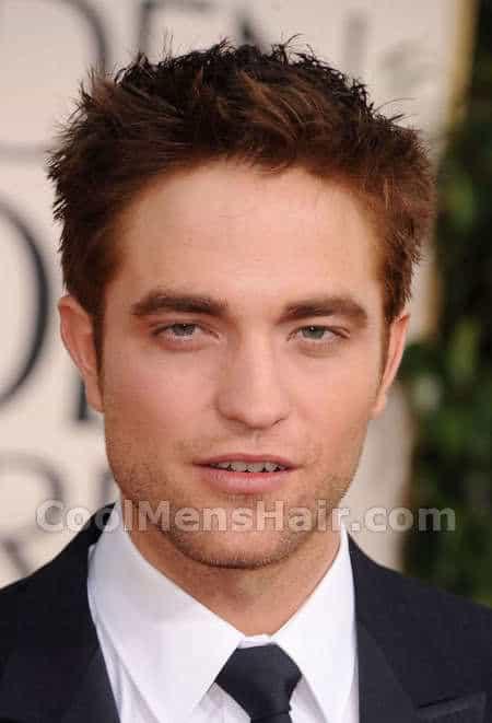 Photo of Robert Pattinson short hairstyle.