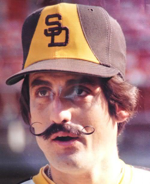Picture of Rollie Fingers mustache style.