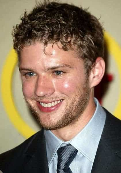 Ryan Phillippe curly haircut